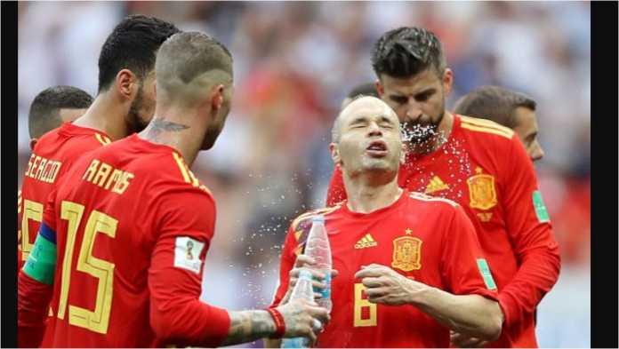 Aksi Spanyol yang tak kunjung berhasil menjebol gawang Rusia pada laga babak 16 besar Piala Dunia 2018, disebut sebagai PDKT tanpa pernah nembak.