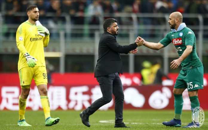 Berita Liga Italia, AC Milan, Pepe Reina, Gianluiigi Donnarumma