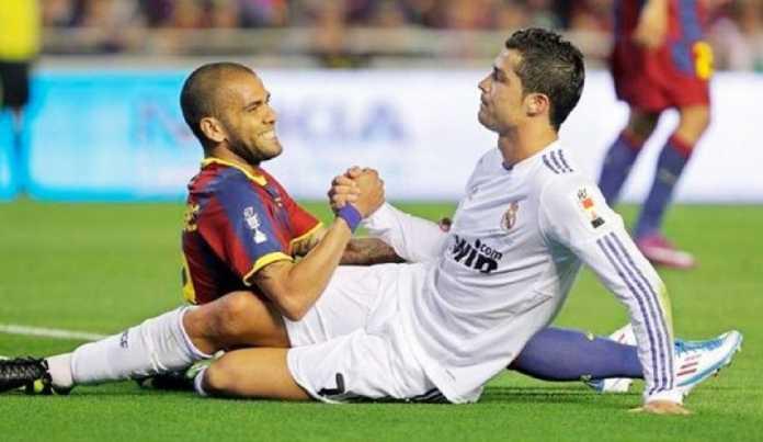 Berita Bola, Dani Alves, PSG, Real Madrid, Cristiano Ronaldo
