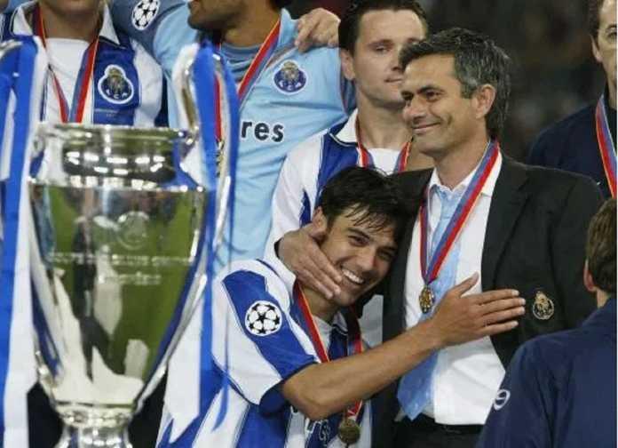 Berita Liga Champions, FC Porto, Jose Mourinho, Manchester United, Schalke