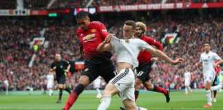 Berita Transfer, Manchester United, Chris Smalling