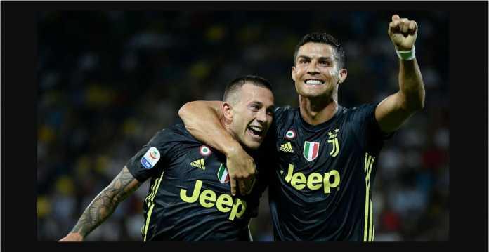 Federico Bernardeschi, Cristiano Ronaldo, Juventus