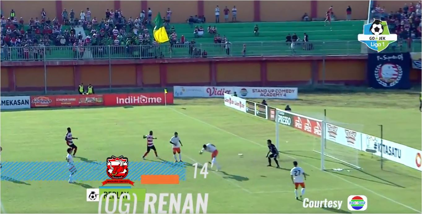 Gol bunuh diri Renan da Silva