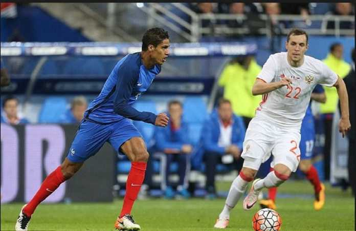 Berita Bola - Real Madrid cemas dengan kondisi Raphael Varane yang cedera di Timnas Prancis.