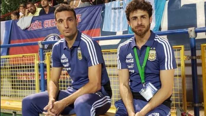 Walau berharap Lionel Messi gabung skuadnya, namun pelatih Timnas Argentina Lionel Scaloni berharap timnya bermain sebagai sebuah tim tanpa bintang Barcelona tersebut saat ini.