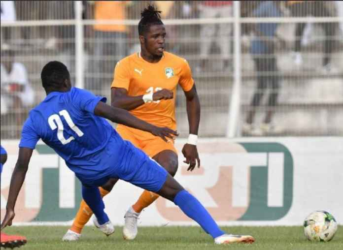 Crystal Palace kemungkinan kehilangan Wilfried Zaha, setelah pemain itu alami cedera saat membela Timnas Pantai Gading.