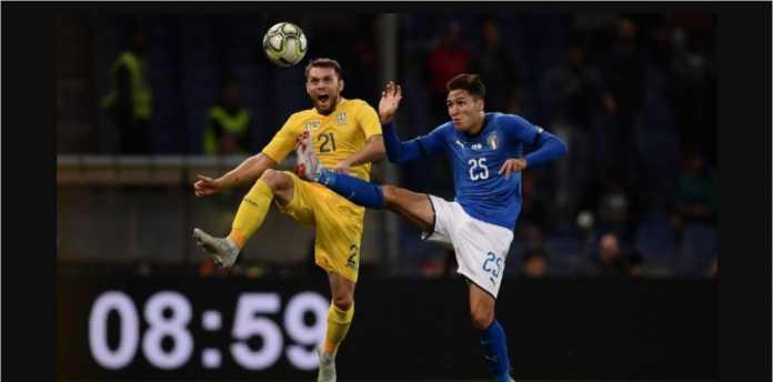 Gli Azzurri belum kunjung tampil mengesankan setelah ditahan imbang 1-1 oleh tamunya, Ukraina, Kamis dinihari