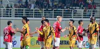 Prediksi Bola - Bali United kedatangan Mitra Kukar dalam laga pekan ke-25 Liga 1 Indonesia yang akan digelar di Stadion Kapten I Wayan Dipta, Gianyar, Senin (15/10) malam.
