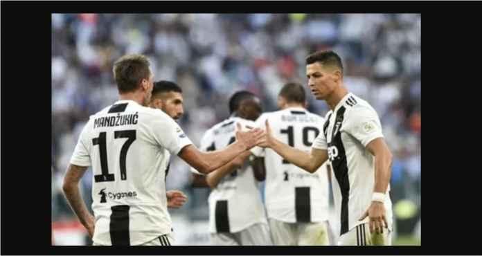 Mario Mandzukic dan Cristiano Ronaldo diprediksi akan mencetak gol pada laga Sabtu malam lawan Genoa