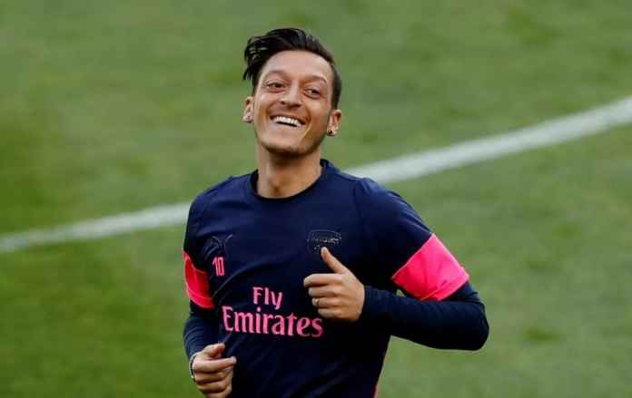 Mesut Ozil Mengklaim Siap Pensiun di Arsenal