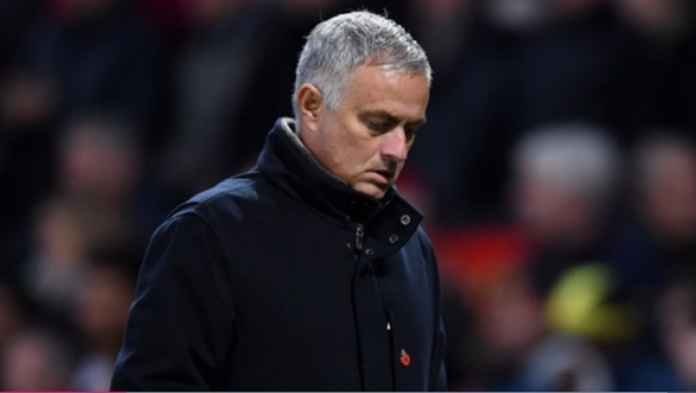 Jose Mourinho Tetap Tak Pasti di Manchester United