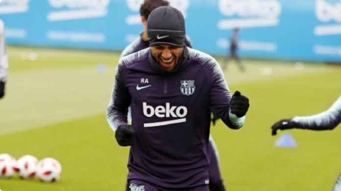 Gelandang Barcelona Rafinha Kembali ke Timnas Brasil Setelah Absen 3 Tahun