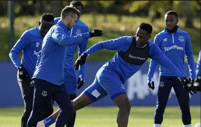 Yerry Mina Akhirnya Memulai Debut di Everton