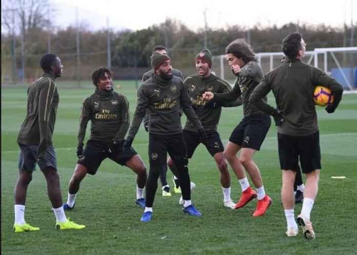 Unai Emery Tolak Menghukum Pemain Arsenal yang Pesta Gas Tertawa