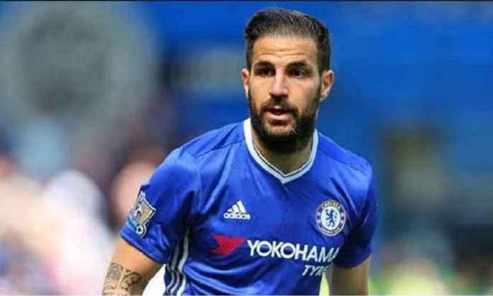 Cesc Fabregas Bertahan di Chelsea Hingga Akhir Musim