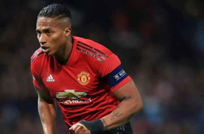 West Ham United Inginkan Antonio Valencia dengan Status Bebas Transfer