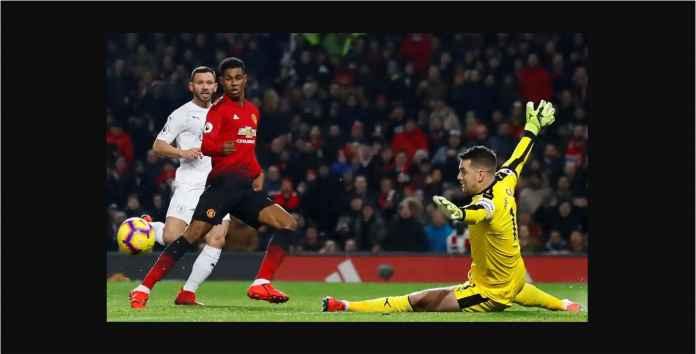 Manchester United Bangkit