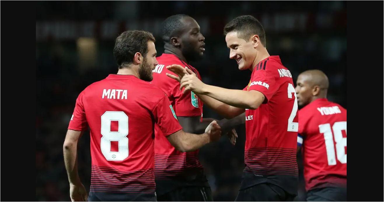 Dua Pemain Manchester United Satu Barcelona Lagi Cari Klub