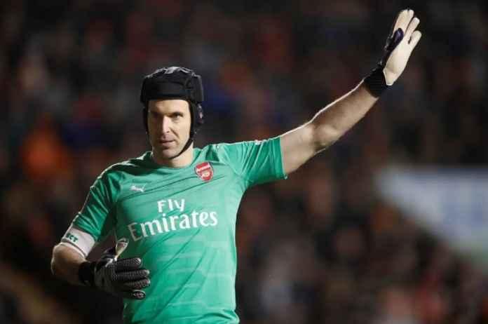 Kiper Arsenal Petr Cech Ingin Bertahan di Emirates