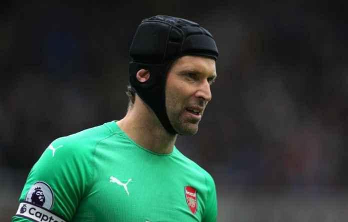 Arsenal Berpeluang Lepas Petr Cech Musim Ini