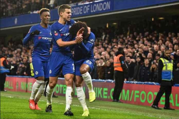 Pemain Chelsea Jadi Sasaran Pelemparan Fans Sheffield Wednesday