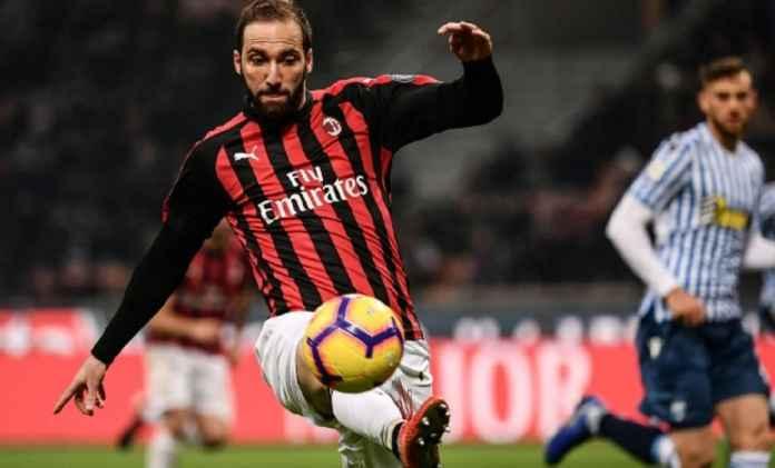Chelsea Cuma Ingin Pinjam Gonzalo Higuain Walau Juventus Siap Menjualnya