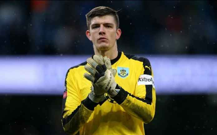 Arsenal Incar Kiper Burnley