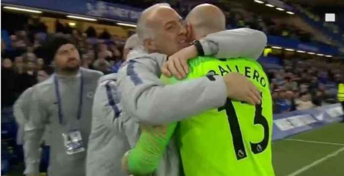 Willy Caballero Mengantri Pelukan Usai Chelsea Kalahkan Tottenham Hotspur