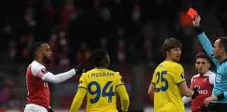 Arsenal: Alexandre Lacazette Minta Maaf Soal Kartu Merah di BATE Borisov