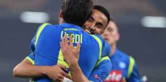 Pemain Napoli selebrasi merayakn gol mereka