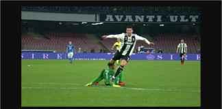 Cristiano Ronaldo Diving! Tapi Kiper Napoli Tetap Saja Diusir Wasit