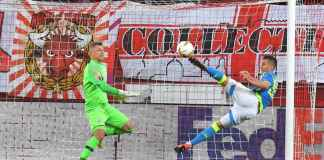 Gol Arkadiusz Milik di pertandingan liga Europa antara Salzburg vs Napoli