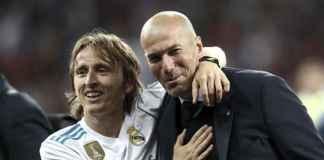 Zinedine Zidane Cenderung Latih Juventus, Bukan Chelsea