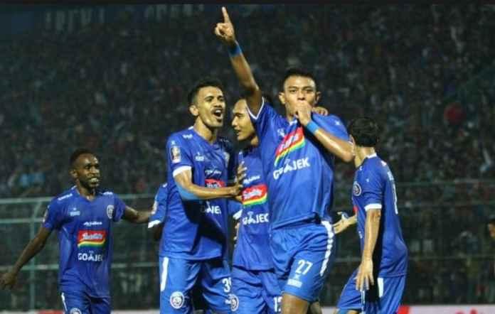 Arema FC Diingatkan Tak Jumawa Usai Menahan Imbang Persebaya