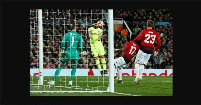 Diejek Tonggos, Luis Suarez Balas Fans Manchester United Dengan Gol