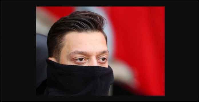 Arsenal Butuh Menang, Eh Mesut Ozil Malah Hilang Dari Susunan Pemain