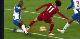 Mohamed Salah Salah Injak Kaki Pemain Porto, Harusnya Kartu Merah!