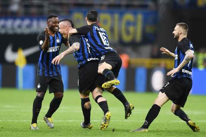 Radja Nainggolan dalam laga antara Inter Milan vs Juventus