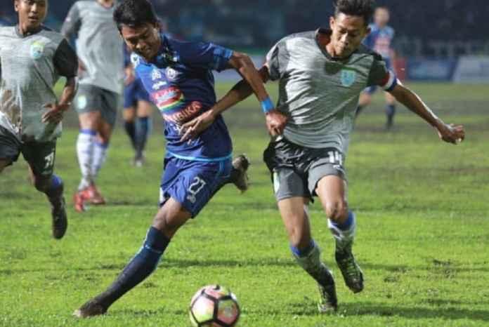 Arema FC vs Persela Lamongan: Buru Kemenangan Pertama