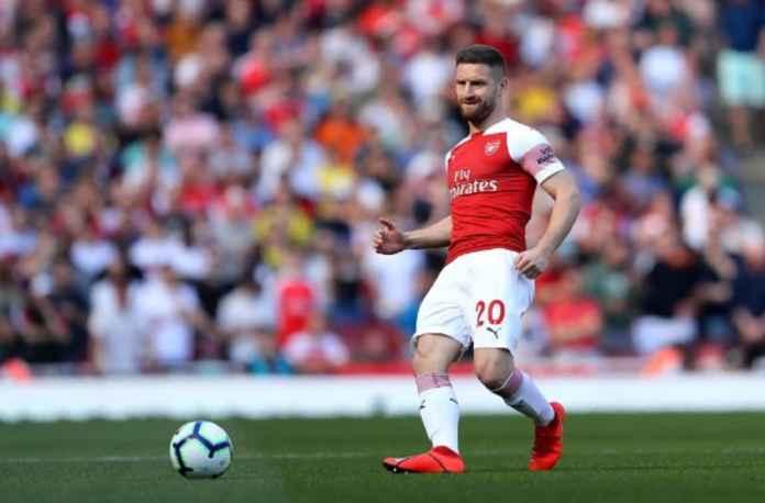 Arsenal Pertahankan Shkodran Mustafi Musim Depan
