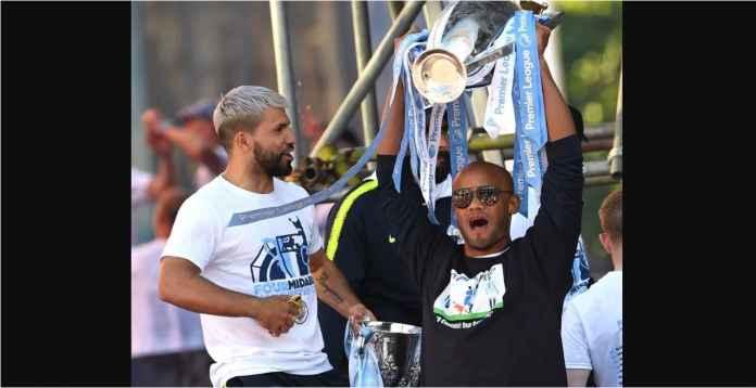 Viral Manchester City Jatuhkan Trofi Premier League, Begini Faktanya