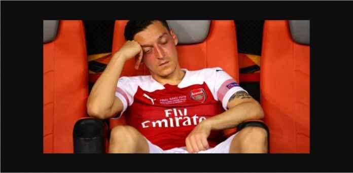 Mesut Ozil Masuk Daftar 12 Pemain Arsenal yang Layak Dicampakkan
