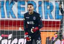 Ugurcan Cakir, kiper muda target transfer Liverpool
