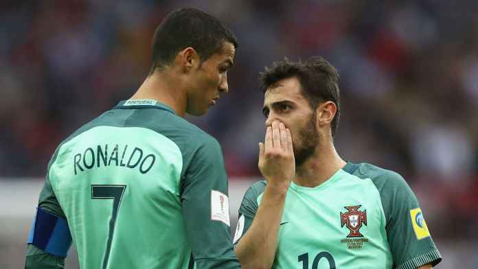 Cristiano Ronaldo dan Bernardo Silva di UEFA Nations League
