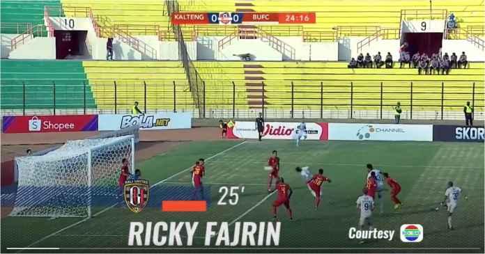 Lihat Gol Indah Ricky Fajrin Bawa Bali United Unggul Atas Kalteng Putra