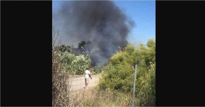 Foto Mobil Jose Antonio Reyes yang Terbakar dan Lokasi Kecelakaan