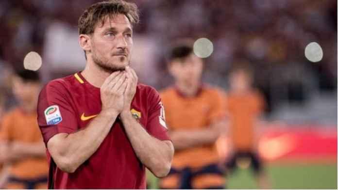 Francesco Totti Tinggalkan AS Roma Setelah 30 Tahun Mengabdi