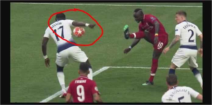 Lihat Sadio Mane Dengan Cerdik Paksakan Tendangan Penalti