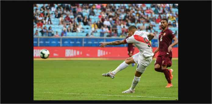 Paolo Guerrero, Pemain Takut Terbang Itu Bawa Peru Menang Atas Bolivia