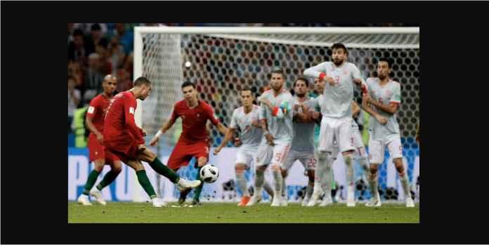 Ronaldo Menang Gocekan Bola Lawan Pemain 10 Tahun Lebih Muda